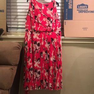Lane Bryant Pink Floral Sleeveless Dress Size 26